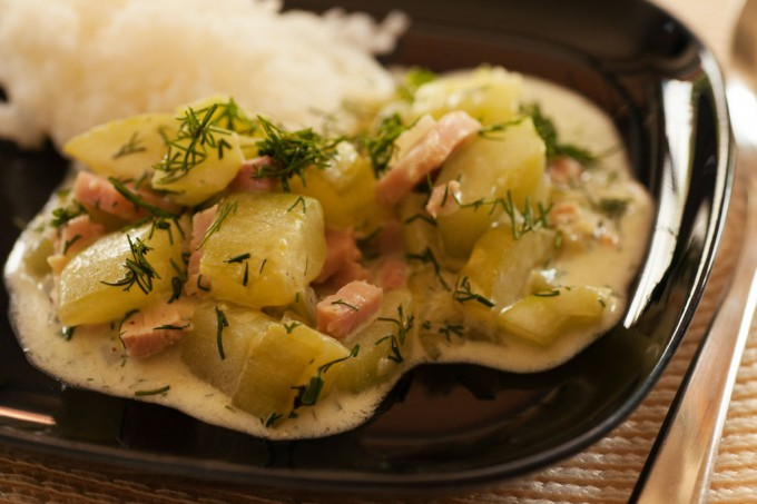 Gurkengemüse mit Kochschinken und Basmatireis