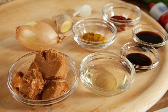 Erdnusssauce für Vietnamesische Sommerrolle – vegan