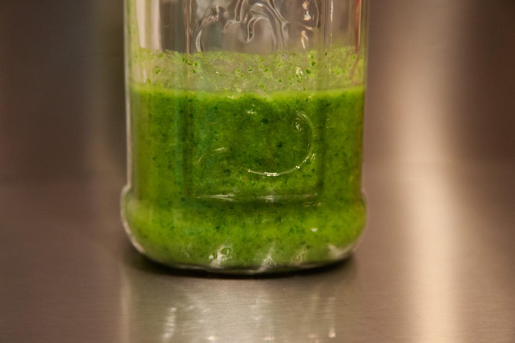 Kräuter-Knoblauch-Dip, mojo verde